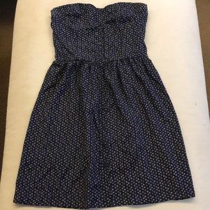 Strapless navy dress with circle pattern